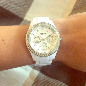 White fossil watch (needs battery)